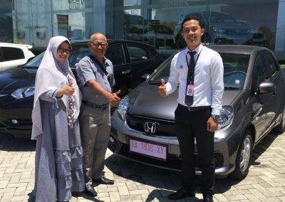Foto Serah Terima Ilwan Honda Padang (3)